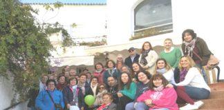 Los habitantes de Almáchar y El Borge lo han tenido algo más fácil este curso. Los Centros de Adultos (dependientes de la Consejería de Educación) de ambos municipios, han ofrecido un curso de inglés básico en el que el alumnado lo ha tenido todo a su alcance.
