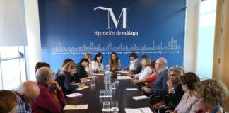 La vicepresidenta y diputada de Igualdad, Ana Mata, alaba la labor del personal técnico y responsables de áreas de la institución provincial durante la última legislatura.