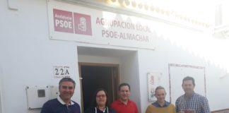 El PSOE de Almáchar intensifica la labor de contacto con los vecinos con una iniciativa de comunicación directa.