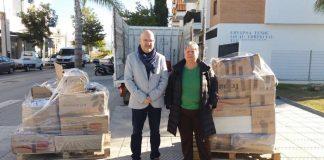 Los alimentos fueron recogidos durante el fin de semana benéfico celebrado en Torre del Mar y en el III Torneo de Navidad Solidaria de Petanca.
