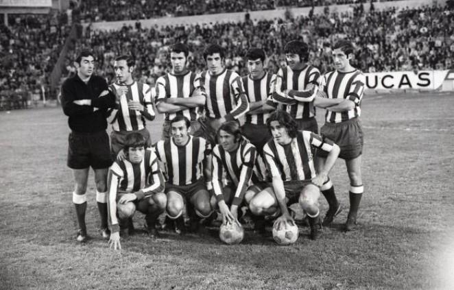 ARCHIVO MALAGA C.F.: Viberti, en la fila de abajo a la derecha.