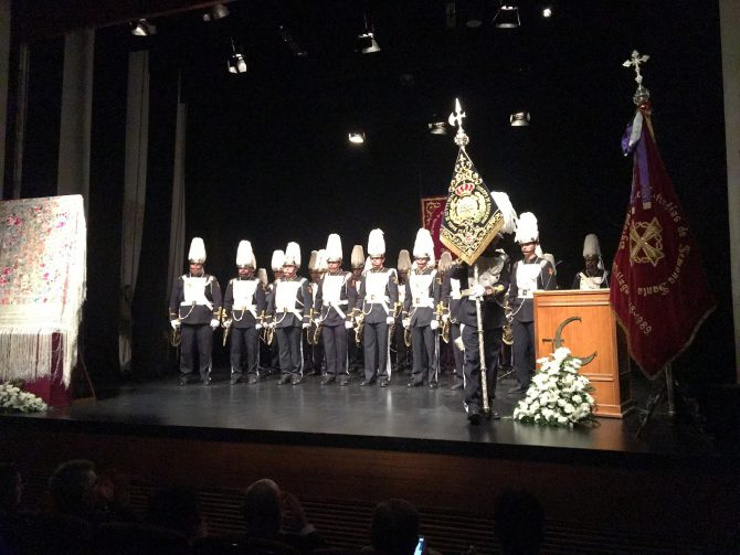 Actuación de la Banda de Cornetas y Tambores del Real Cuerpo de Bomberos de Málaga, muy ligada al autor.