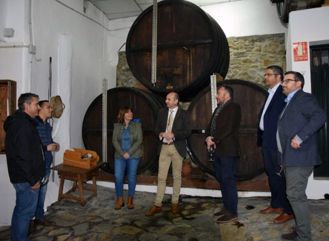 El PSOE exige al PP en Diputación que cumpla su compromiso con el museo y centro de interpretación de la uva pasa en Almáchar