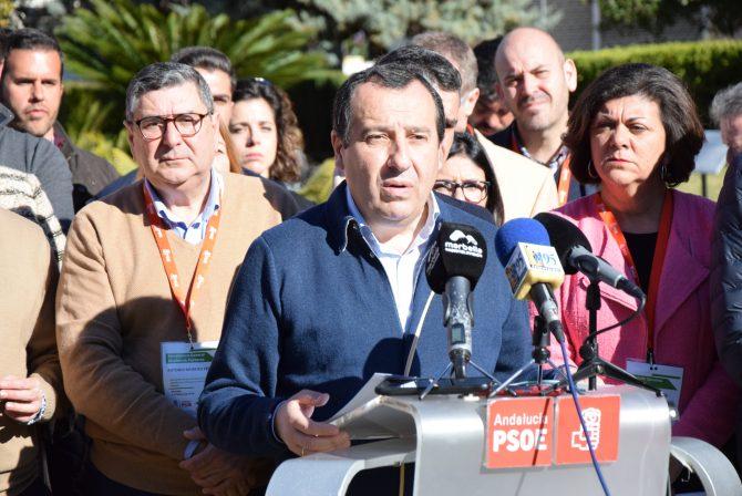 El PSOE apuesta por la conexión ferroviaria del litoral como eje fundamental para la vertebración económica y social de la provincia