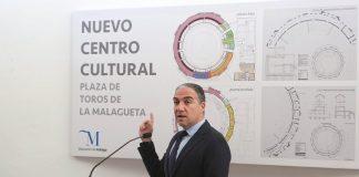 Elías Bendodo defiende que las actuaciones paliarán el deterioro que sufre el edificio y lo pondrán en valor.