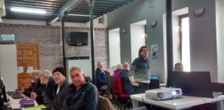 """Imágenes de recurso de los usuarios participantes en el """"Concurso sobre España para extranjeros"""" con Kahoot en el Centro Guadalinfo de Canillas de Aceituno."""
