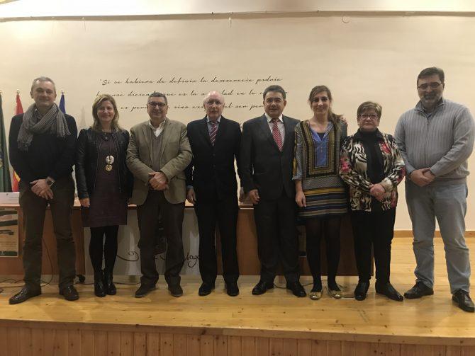 Vélez-Málaga llena el Centro del Exilio con el acto por el 40 aniversario del Estatuto de Autonomía