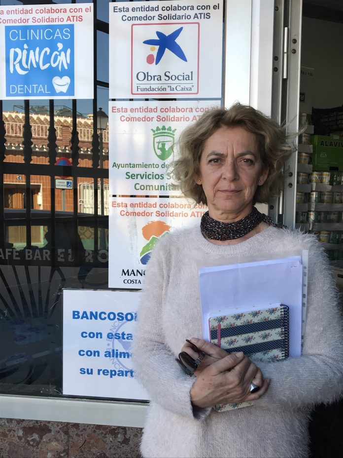 La portavoz de IU,Alicia Pérez.. La situación que genera el actual modelo de subvenciones municipales provoca disparates como el que se dan entre los dos comedores sociales de Vélez-Málaga.