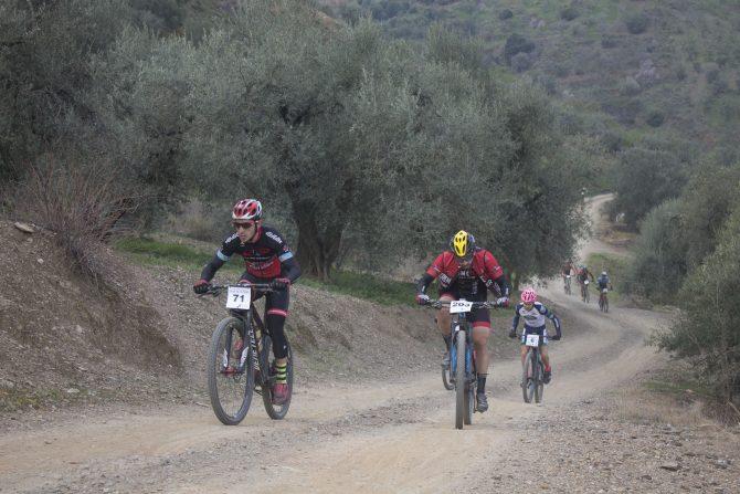 Éxito de la III Media Maratón BTT Villa de la Pasa en El Borge
