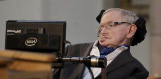 El científico que explicó el universo desde una silla de ruedas y acercó las estrellas a millones de personas alrededor del mundo.