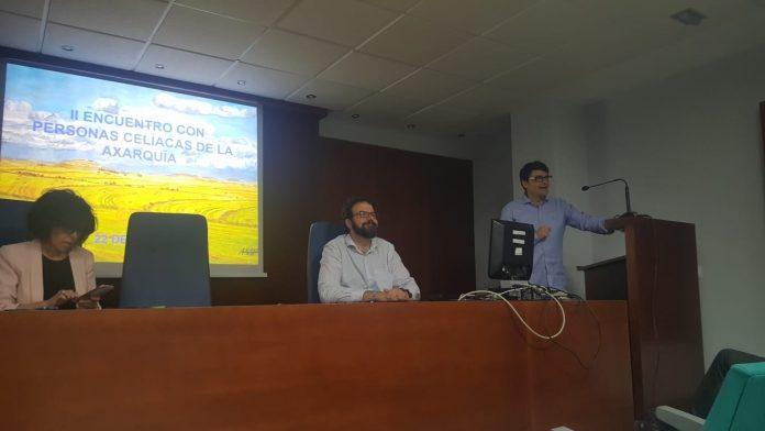 En el encuentro se han presentado además la estrategia de formación de la Escuela de Pacientes y la creación de un Aula específica en la comarca de la Axarquía