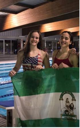 Las nadadoras Andrea Navas y Marina Acosta han sido convocadas por la Selección Andaluza, junto al técnico del Club Natación Axarquía,Jose Antonio Díaz (Cani).