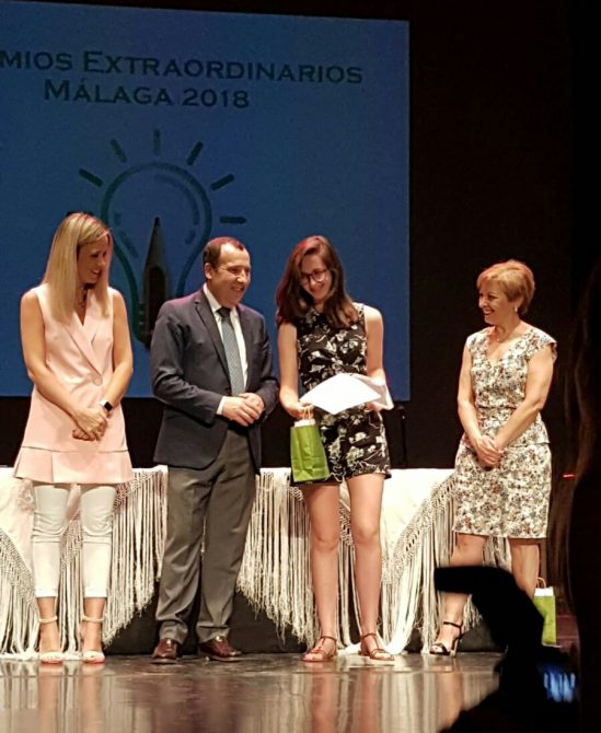 Blanca Sánchez Mellado y Claudia Ada Pérez, del IES Miraya del Mar, entre los mejores estudiantes malagueños