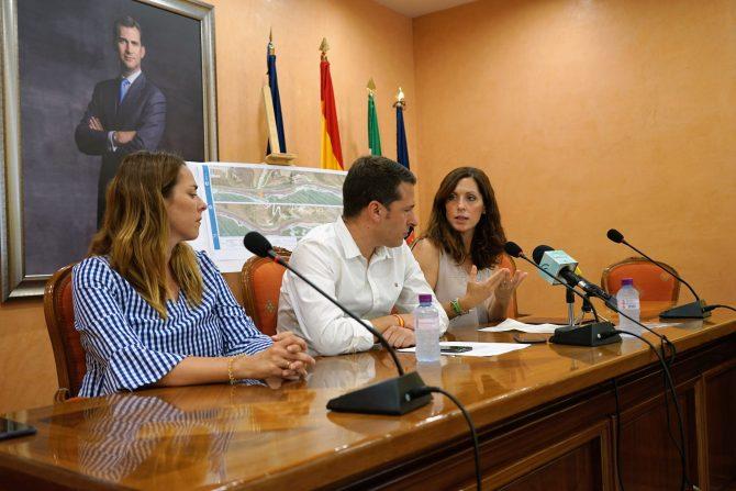 La Diputación culmina la redacción de cuatro proyectos para completar la Senda Litoral en Torrox