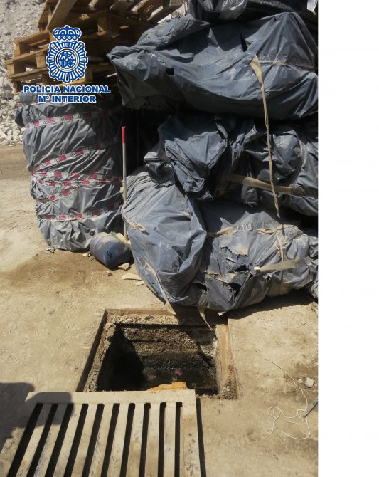 Detenidos los responsables de una empresa de demoliciones por almacenar de manera irregular grandes cantidades de residuos tóxicos
