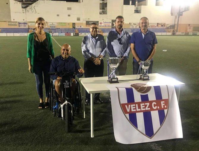 Acudieron al evento el alcalde veleño, Antonio Moreno, y los concejales Zoila Martin, Sergio Hijano y José Antonio Moreno.