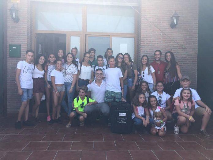 Sin duda, una gran experiencia de convivencia, devoción y fervor para los participantes. Deseamos que lo paséis muy bien. Foto: Hermandad Rociera de Vélez-Màlaga .
