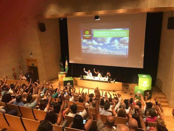 En el Centro de Congresos y Exposiciones de San Fernando más de trescientos representantes de AxSí en todo el territorio culminaban el proceso emprendido por la Asamblea en primarias y aprobada por la Coordinadora Nacional.