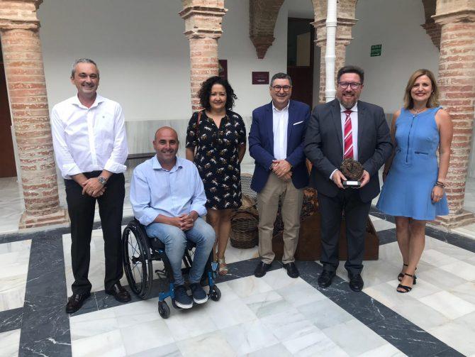 Vélez-Málaga clausura la segunda edición del 'Mes de la pasa' con el compromiso de la Junta de la futura Fundación de la Uva Pasa