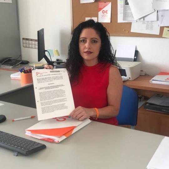 María del Carmen López pide que se informe sobre la nueva Ordenanza de Tenencia de Animales y que se dé cumplimiento de ella con una unidad especial de la Policía Local.
