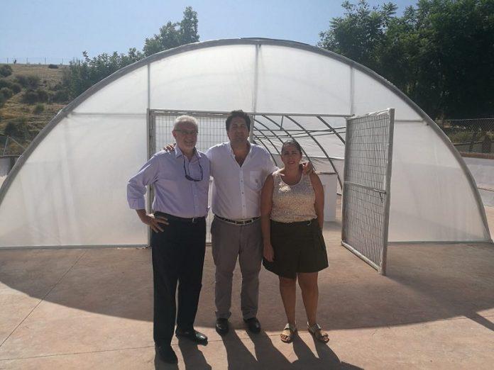 En Benamocarra se está llevando a cabo la construcción de un vivero municipal por valor de 49.688,70 euros.