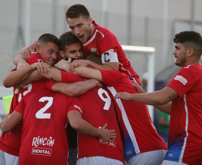 Nueva victoria de la Unión Deportiva Torre del Mar.