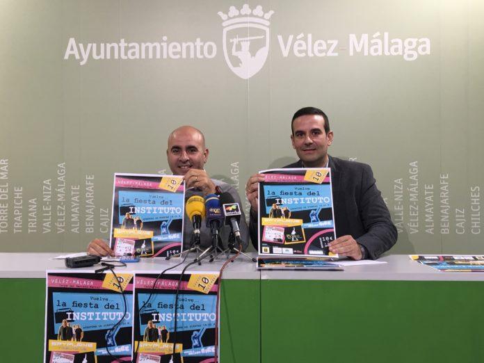 El concejal de Ferias y Fiestas, Sergio Hijano, y el hermano mayor de la cofradía de 'Las Angustias', Jesús D. Gutiérrez,.