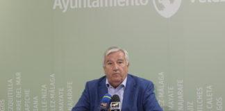El concejal de Medio Ambiente, Marcelino Méndez-Trelles, ha mostrado su preocupación por estos sucesos y ha explicado que solo los destrozos a contenedores en el municipio han supuesto un coste de 72.000 euros en lo que va de año.