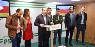 """Ya sabemos que el PP se ha plegado a la ultraderecha y que no duda en dinamitar los consensos en materia de igualdad y lucha contra la violencia de género. Ciudadanos tiene que decidir de qué lado está"""", asegura Ruiz Espejo."""