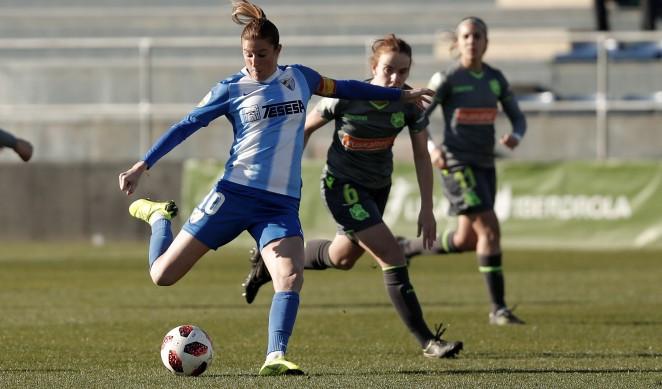 Paula Fernández anotó el único tanto blanquiazul en un partido donde el conjunto dirigido por Antonio Contreras dominó, pero no pudo mantener el empate a 1-1..