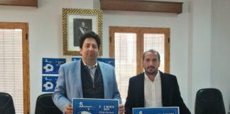 El alcalde de Benamocarra, Abdeslam Lucena, y el gerente de Deporte y Empresa, Oscar Miras.