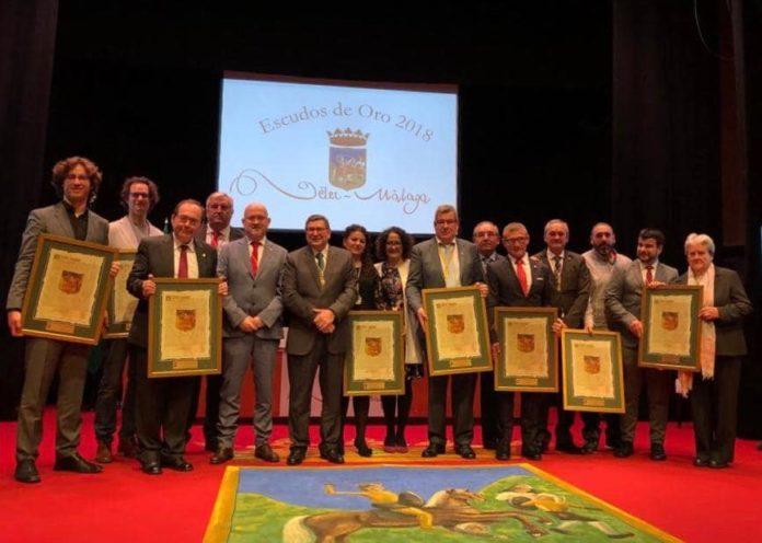 Acto de entrega de los Escudos de Oro, la máxima distinción que otorga la ciudad de Vélez-Málaga.