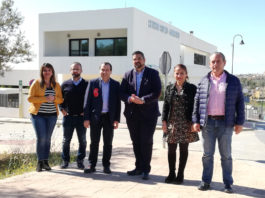 """Ruiz Espejo ha avisado al 'trifachito' que """"con la salud de los andaluces no se juega"""", en referencia al uso de artimañas políticas para abordar la situación actual de las listas de espera, que ha provocado casos en Málaga de llamamientos del SAS para intervenciones quirúrgicas a pacientes ya operados."""