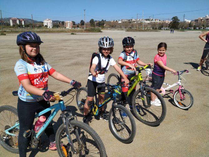 Los alumnos del Rincón Sport Team no descansan y han tenido sesión de ciclismo hoy domingo.