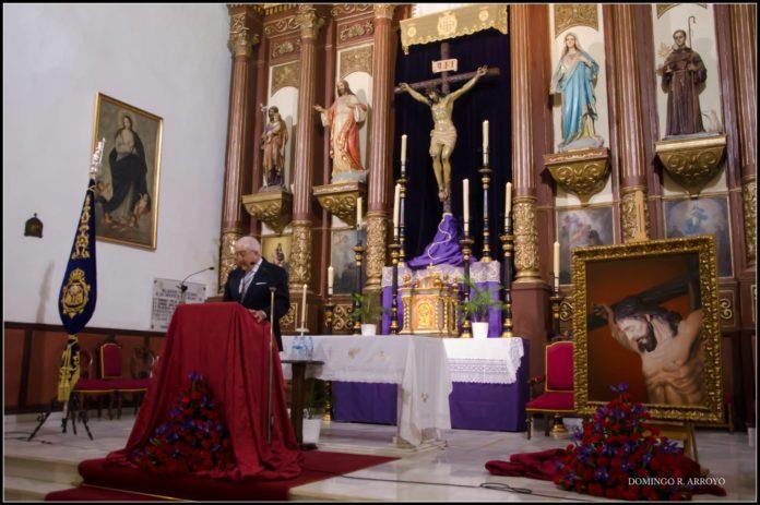 Gabriel Méndez-Trelles Ramos, pregonero del 25 aniversario del Cristo del Amor. /Foto: Domingo Arroyo.