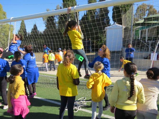 Escolares de la Axarquía Interior participan en la segunda Jornada de Convivencia Intercentros