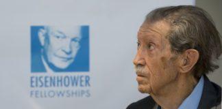 En 2007 se constituyó la Fundación Manuel Alcántara encargada de difundir y reeditar su obra.
