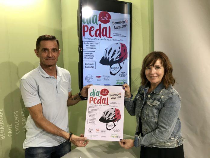 La concejala de Deportes, María José Roberto, y el coordinador de la actividad, Antonio Padilla.