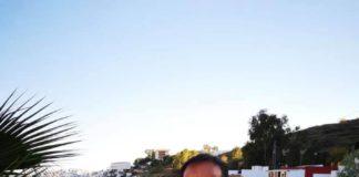 """El candidato socialista ha señalado que en el programa del PSOE también ocupa un lugar importante la reurbanización de la antigua N-340 a su paso por el Peñoncillo """"ya que el tajo está dónde se quedó en 2015, cuando los socialistas dejamos el Gobierno municipal. A Oscar Medina y al Partido Popular le ha importado bien poco en estos cuatro años lo que los vecinos de esta zona del municipio necesitan y han reclamado""""."""