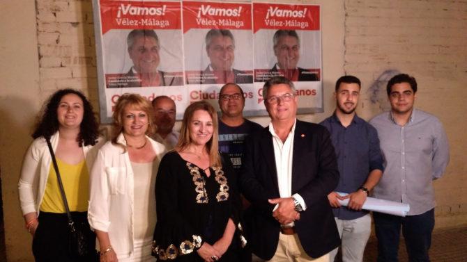 Así ha sido el arranque de la campaña electoral del 26M en Vélez-Málaga