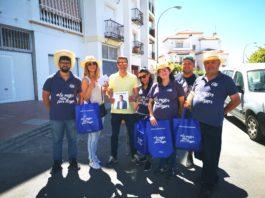 Con el candidato Óscar Medina a la cabeza, el equipo de los populares de Torrox están llevando sus propuestas a todos los barrios.