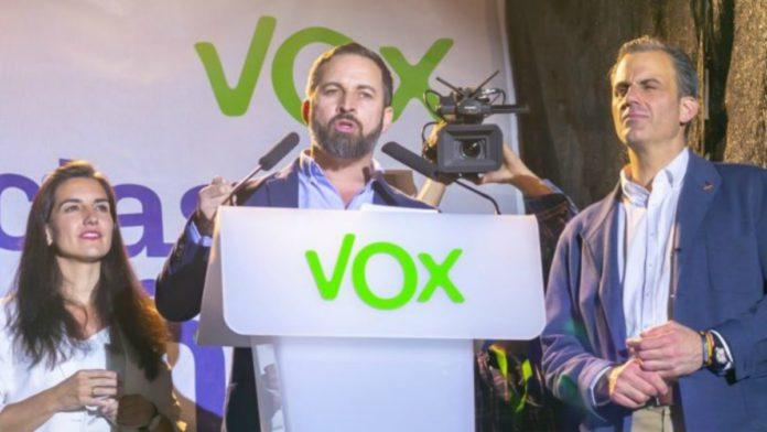 Tras lograr 24 escaños en las elecciones generales, el apoyo de los españoles al partido de Santiago Abascal sigue aumentando.