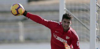 El portero malaguista jugó y ganó ayer, con Marruecos, en la tercera jornada de la primera fase de la Copa África que se está disputando en Egipto.