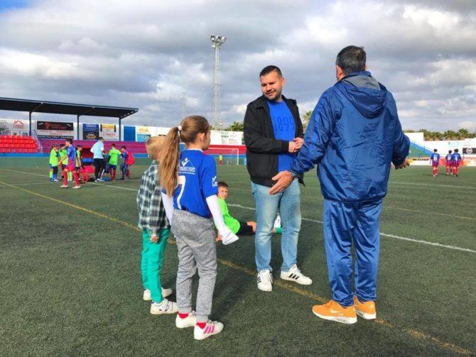 Celebrado el torneo '1Kg de ilusión' de fútbol base de la U.D Torre del Mar
