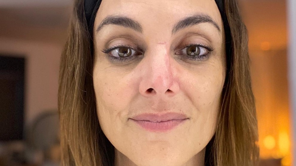 La presentadora de informativos de Antena 3, Mónica Carrillo, hizo público a través de sus redes sociales que el motivo por el que ha estado apartada de las pantallas ha sido por que ha sufrido un cáncer.