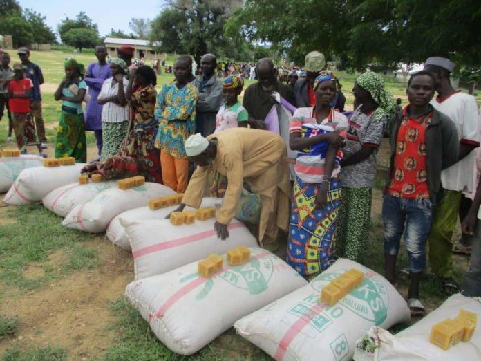 ayuda humanitaria en Ouzal
