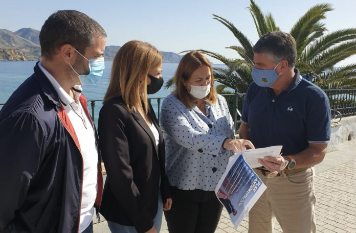 Armijo ha mantenido una reunión con la diputada Natacha Rivas en la que ha estado acompañado por los concejales Nieves Atencia y Jonathan Méndez