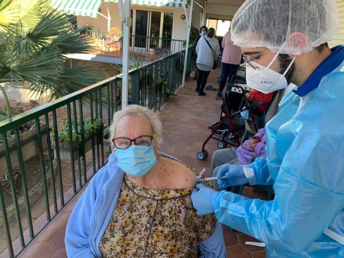 Comienza la campaña de vacunación contra la Covid19 en la Axarquía