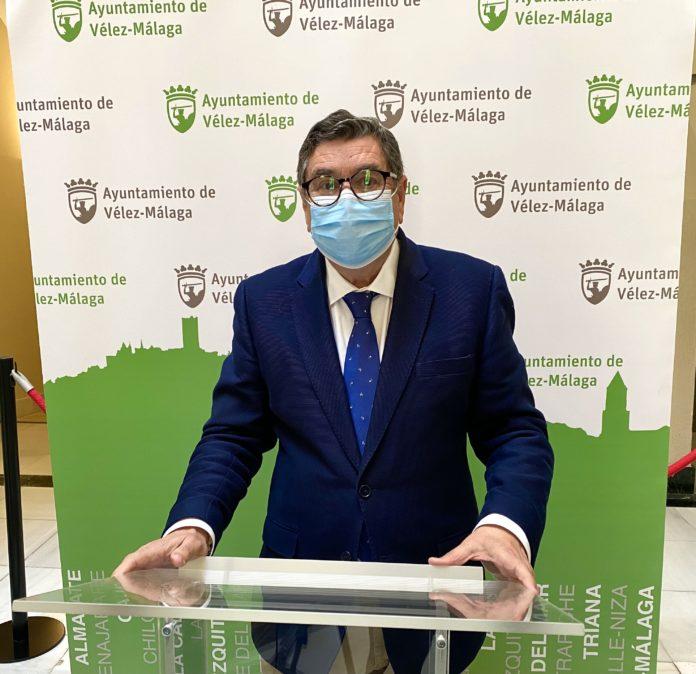 Antonio Moreno Ferrer anuncia mil licencias nuevas de Urbanismo