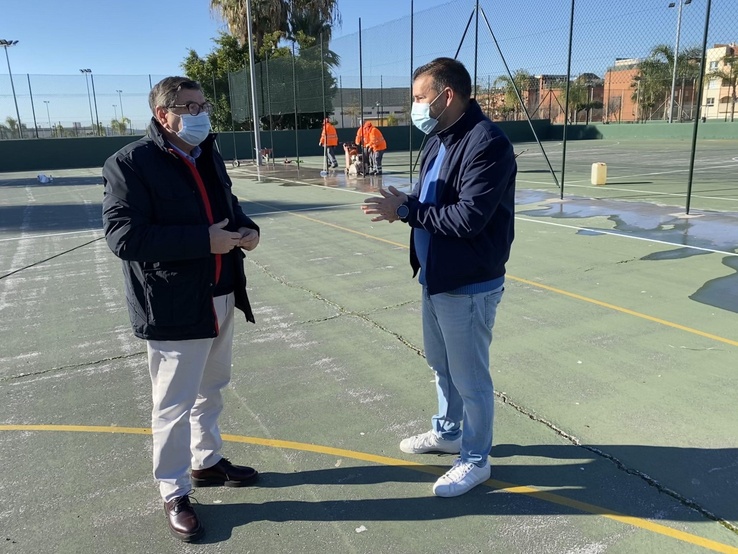 Mejoras en el Polideportivo Fernando Ruiz Hierro de Vélez-Málaga